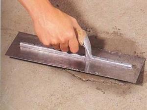 vyravnivanie-betonnogo-pola-pod-laminat-1