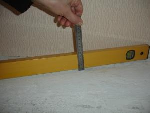 ukladka-laminata-na-nerovnyj-pol-2
