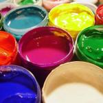 Какой краской лучше красить стены?