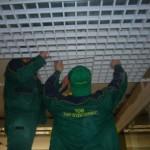 Монтаж решетчатого потолка Грильято
