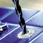Как просверлить отверстие в плитке