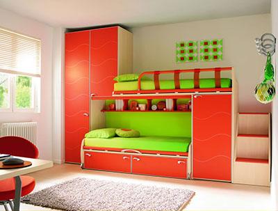 Двухъярусная кровать для двойняшек