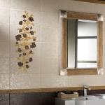Как повесить зеркало в ванной комнате