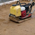 Подготовка песчаного основания.