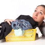 Чем очистить силиконовый герметик с рук и одежды