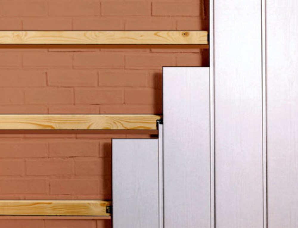 Как крепить пластиковые панели к стене